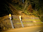 Lawineneindämmung mit grüner Stützmauer